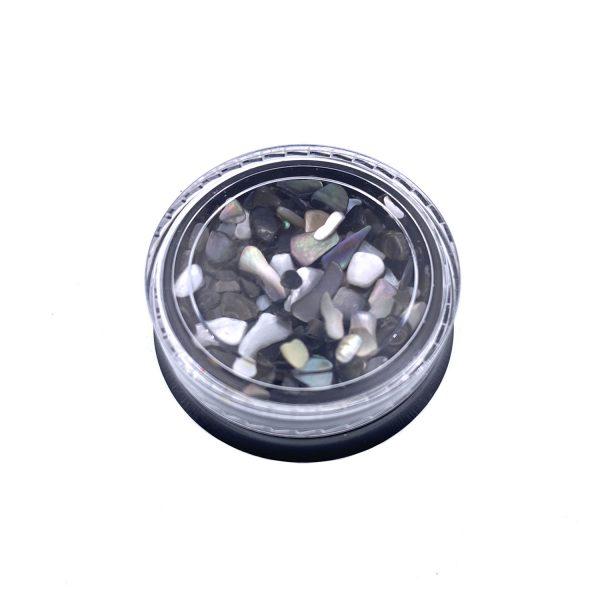 隕石黑貝殼碎片