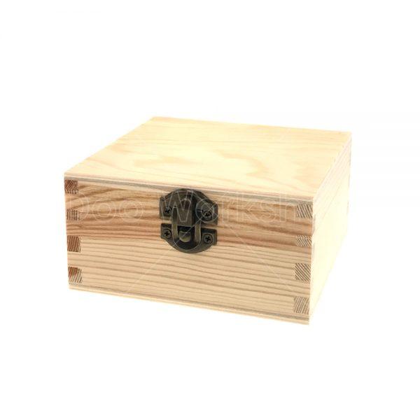 正方形有扣木盒12X12X6CM